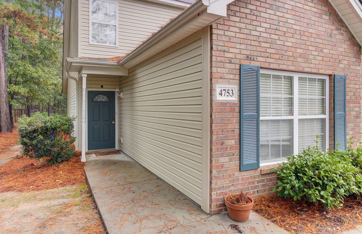4753 Skillmaster Court, North Charleston, SC 29406