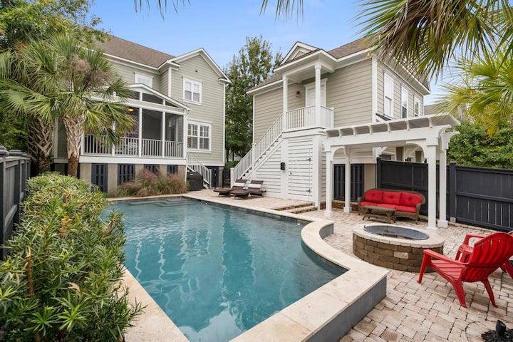 Custom salt water pool