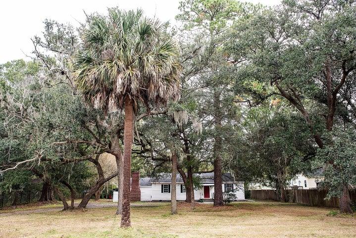 4706 Holbird Street, North Charleston, SC 29405