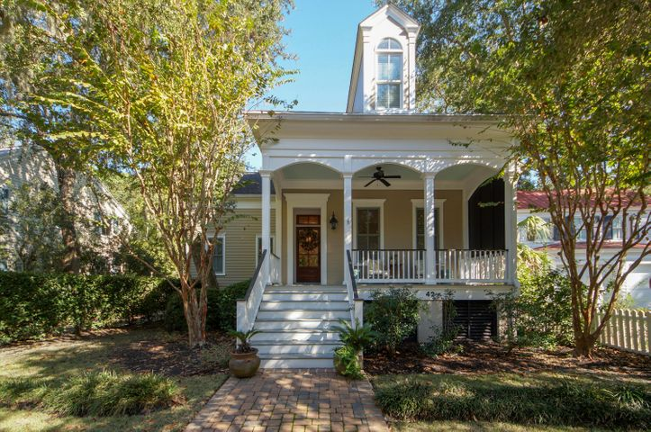 42 Frogmore Road, Mount Pleasant, SC 29464