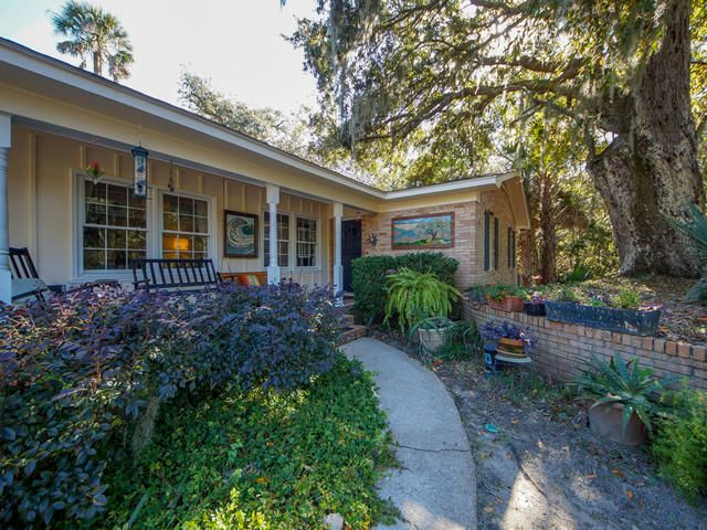 107 Forest Trail, Isle of Palms, SC 29451