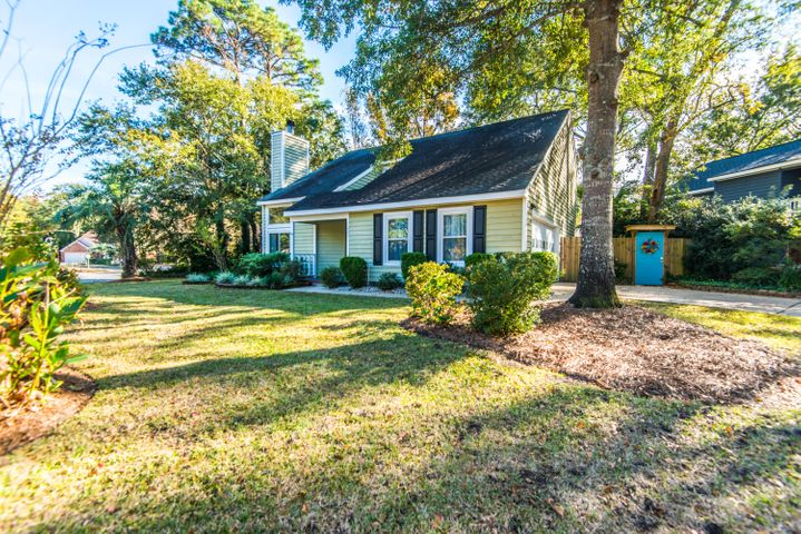Beautiful home in Longpoint!