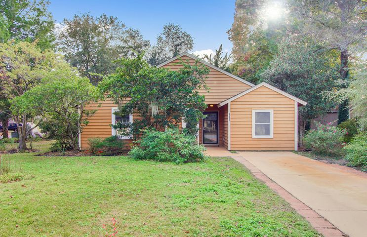 1102 Oakcrest Drive, Charleston, SC 29412