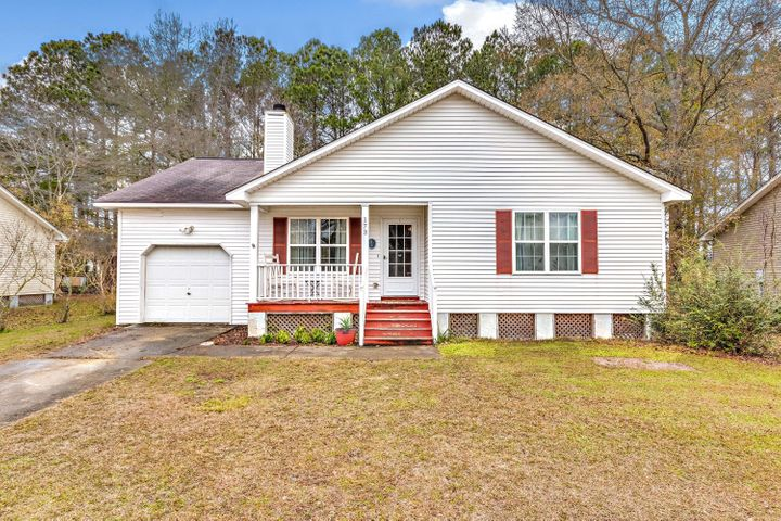 173 Iron Road, Summerville, SC 29486