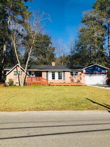 205 Live Oak Road, Summerville, SC 29485