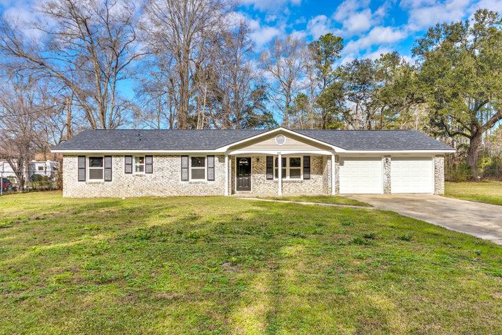 261 Allspice Drive, Summerville, SC 29483