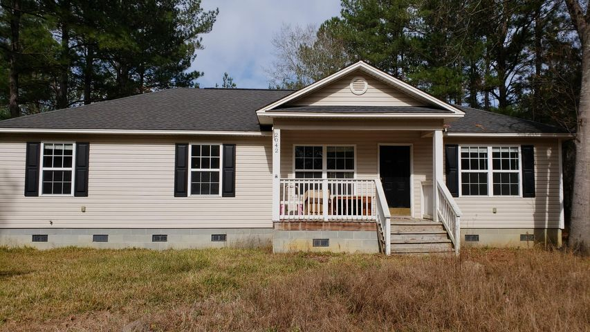 2042 Charity Church Road, Huger, SC 29450