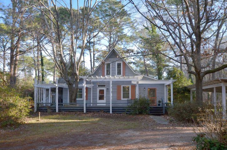830 Carolina Road, McClellanville, SC 29458