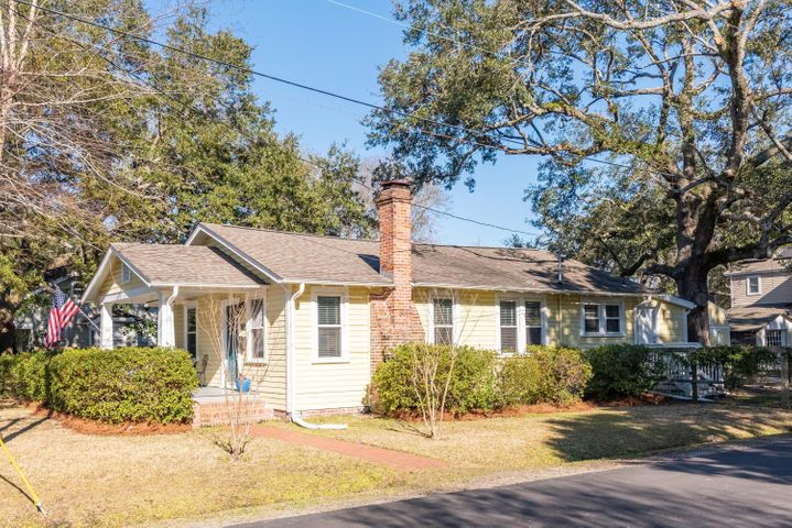 Fabulous Craftsman home in the heart of the Avondale area
