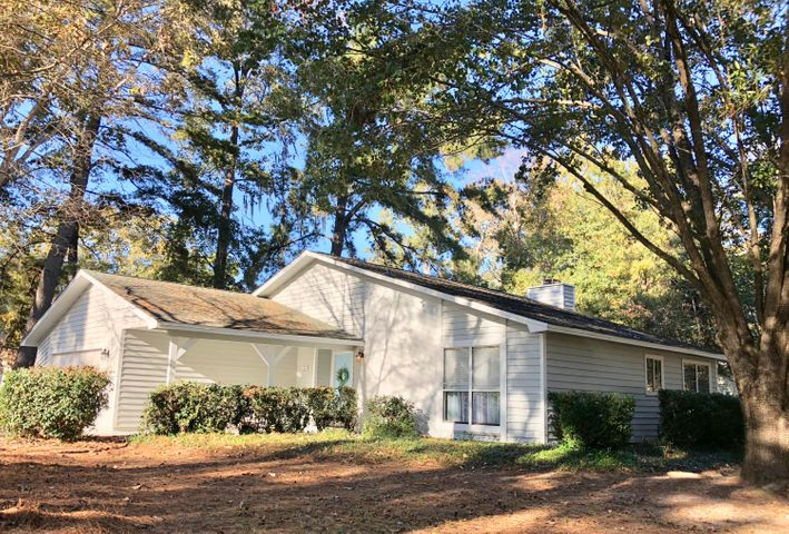 64 Shadowmoss Parkway, Charleston, SC 29414