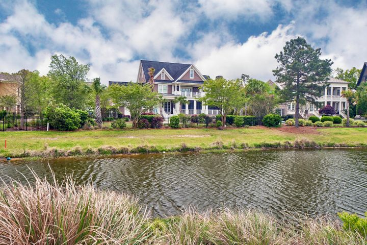 562 Park Crossing Drive, Charleston, SC 29492