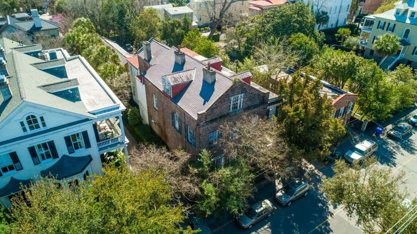 157 Wentworth Street, Charleston, SC 29401