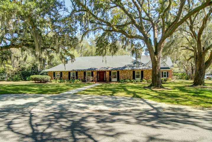 24 Broughton Road, Charleston, SC 29407