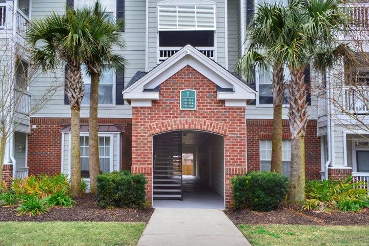 45 Sycamore Avenue, 122, Charleston, SC 29407