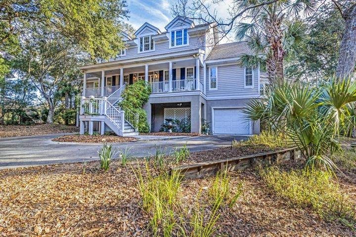 8 Sandwedge Lane, Isle of Palms, SC 29451