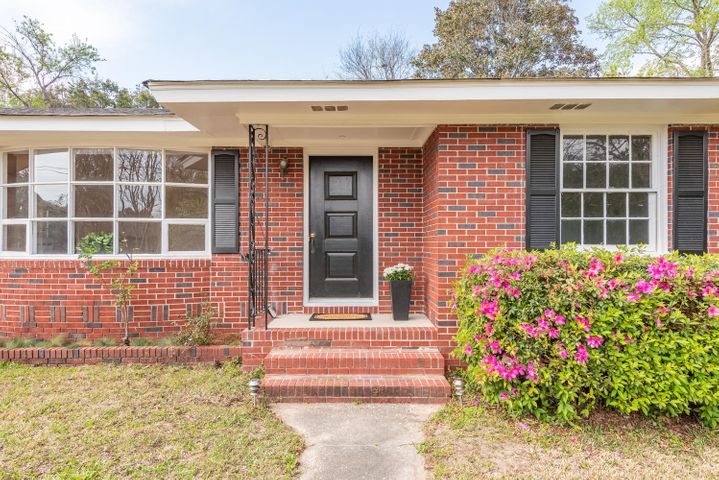 842 Condon Drive, Charleston, SC 29412