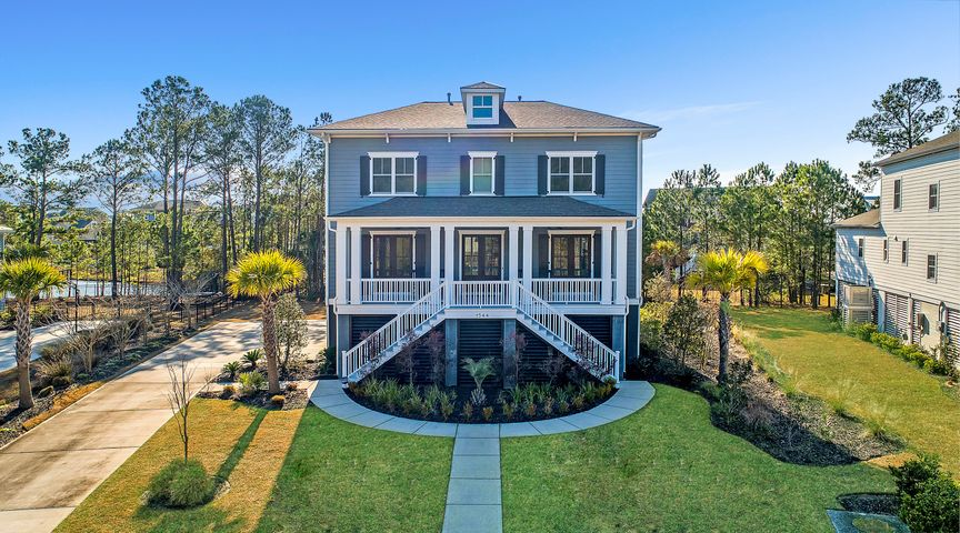 1544 Rivertowne Country Club Drive, Mount Pleasant, SC 29466