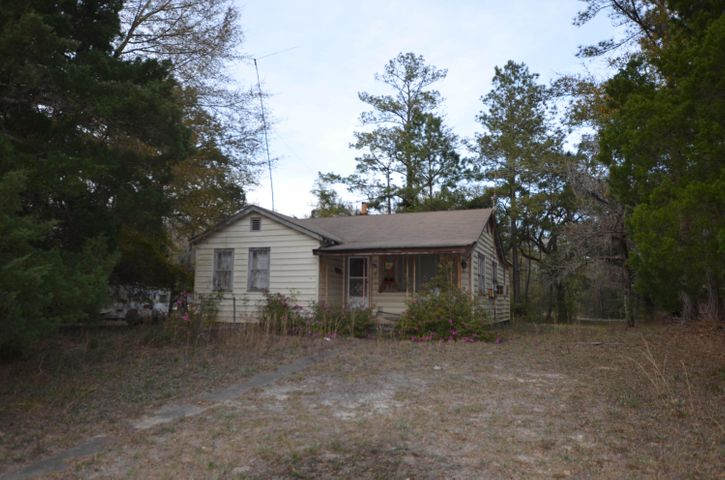 3304 French Santee Road, Jamestown, SC 29453