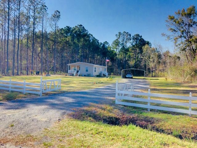 6222 Maxville Road, Awendaw, SC 29429