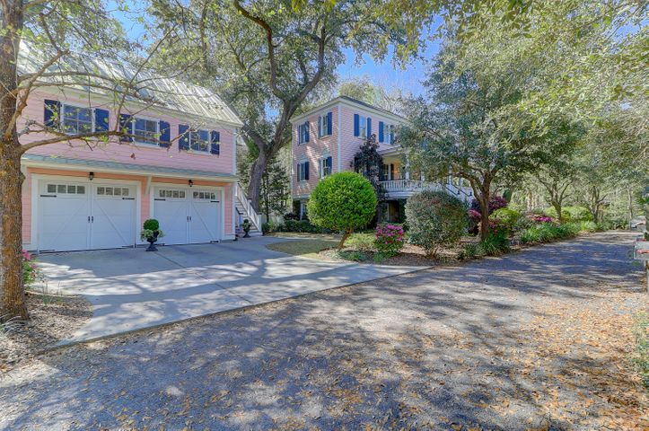 23 Isle Of Hope Road, Mount Pleasant, SC 29464