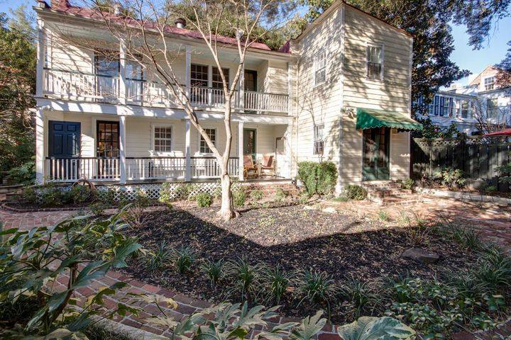 12 Council Street, Charleston, SC 29401