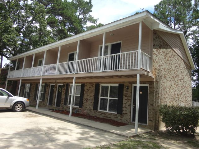 7660 Hunters Ridge Lane, North Charleston, SC 29420