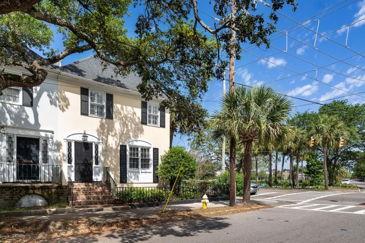 25 Rutledge Avenue, Charleston, SC 29401