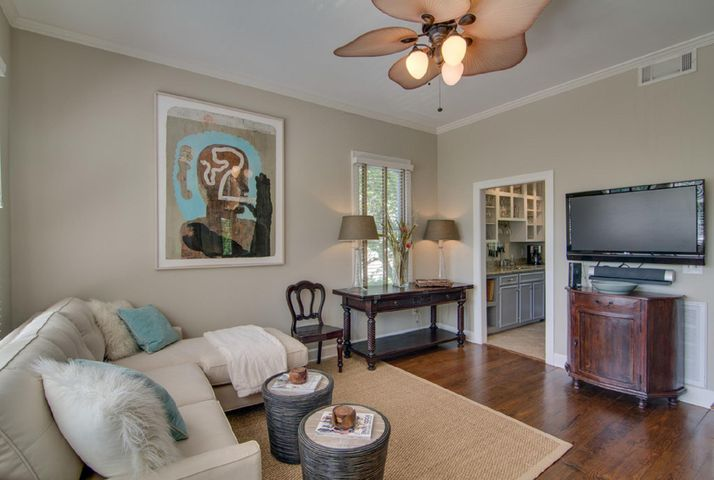 286 Meeting St, Charleston, SC 29401