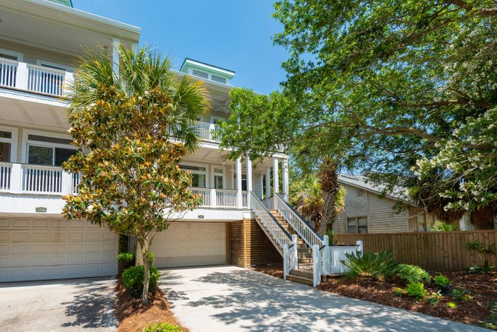 2222 Folly Road, Charleston, SC 29412