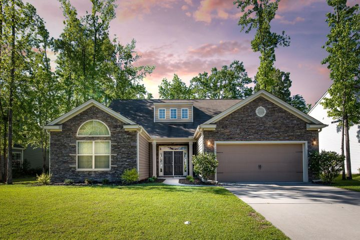 129 Hickory Ridge Way, Summerville, SC 29483