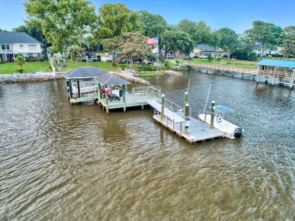 2305 Lazy River Drive, Charleston, SC 29414