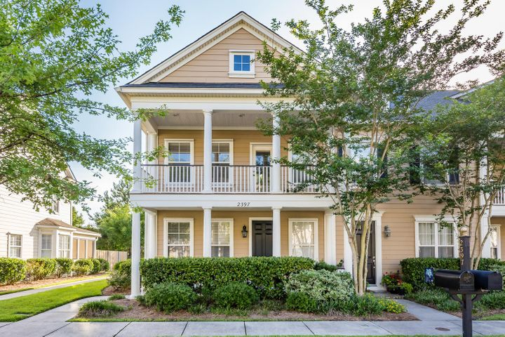 2397 Kings Gate Lane, Mount Pleasant, SC 29466