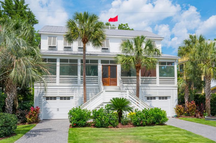 Charming coastal home with 6 BR 4.5 Baths