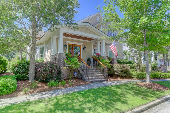 Charming homes situated with Smythe Park to the rear and another passive park to the left.
