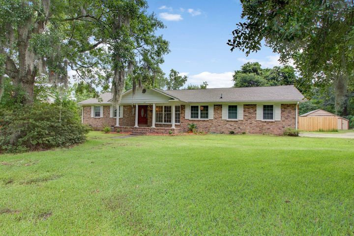 105 Middleton Drive, Goose Creek, SC 29445