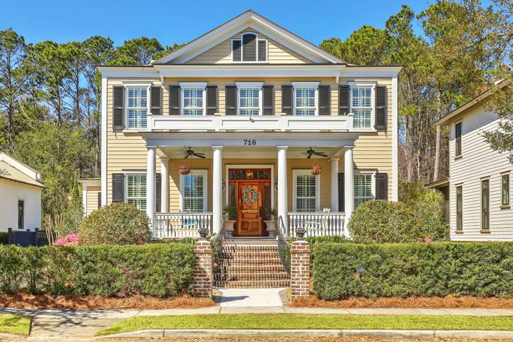 716 Stucco Lane, Mount Pleasant, SC 29464