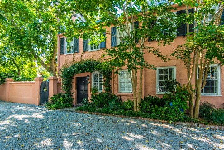 28 Society Street, C, Charleston, SC 29401