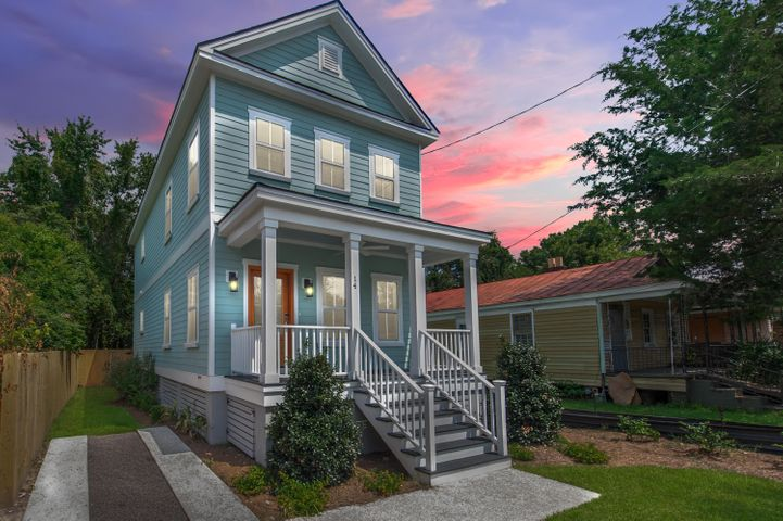 14 Poinsett Street, Charleston, SC 29403