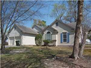 121 Candleberry Circle, Goose Creek, SC 29445