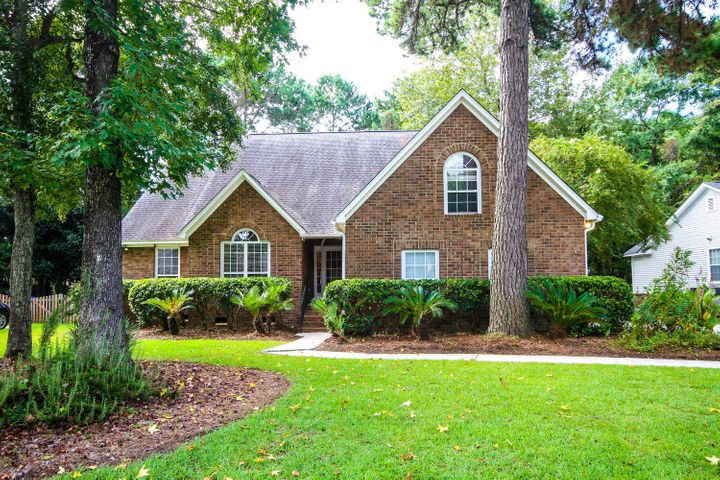329 Hook Lane, Mount Pleasant, SC 29464