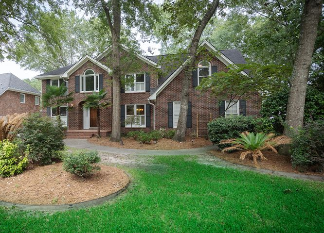 8681 Arthur Hills Circle, North Charleston, SC 29420