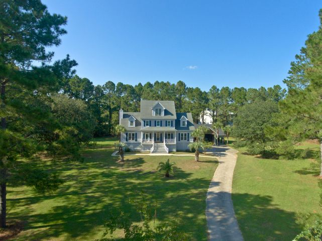 1048 Main Sail Court, Awendaw, SC 29429