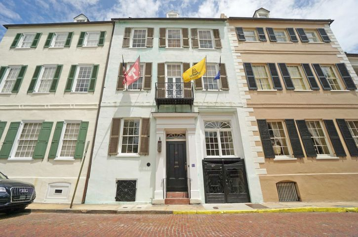 22 1/2 Church Street, Charleston, SC 29401