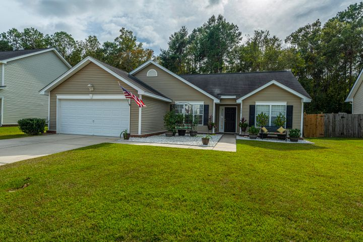 592 Hainsworth Drive, Charleston, SC 29414