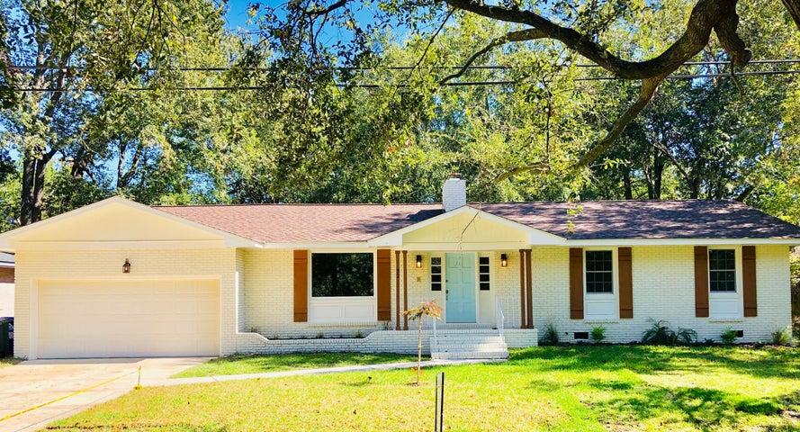 32 Farmfield Avenue, Charleston, SC 29407
