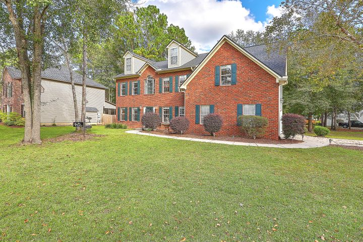 111 Jillian Circle, Goose Creek, SC 29445
