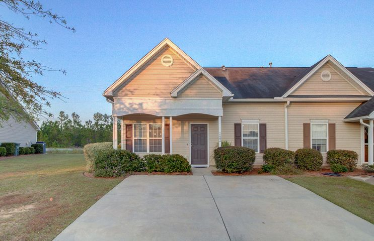 1242 River Rock Road, Hanahan, SC 29410