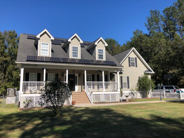 424 Twin Lake Drive, Summerville, SC 29483