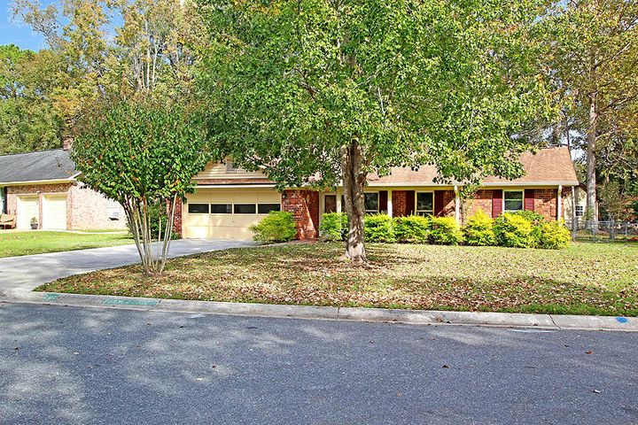 201 Turtle Cove Road, Summerville, SC 29485
