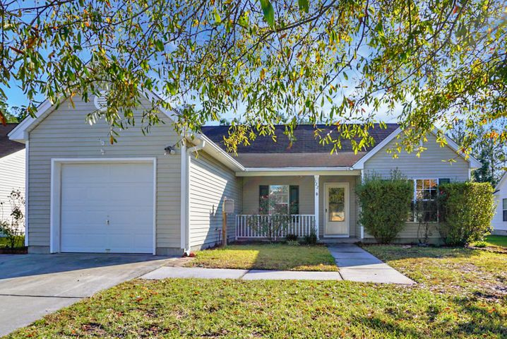 122 Dovetail Circle, Summerville, SC 29483